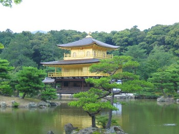040704-045金閣寺.JPG