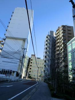 110102目黒散歩_11元利根ボウリング.JPG
