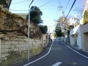 110102目黒散歩_42ピンポンダッシュ - Wikipediaピンポンダッシュ被害者の家々.JPG