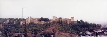 5-5グラナダ- アルバイシンの丘から2.JPG