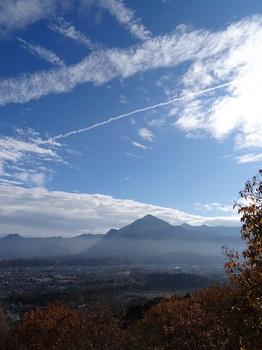 DSC07685展望台から武甲山.JPG