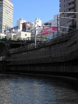 DSC09453ニコライ堂-御茶ノ水駅.JPG